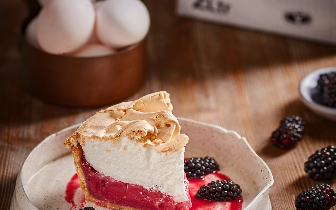 Blackberry and Apple Meringue Pie