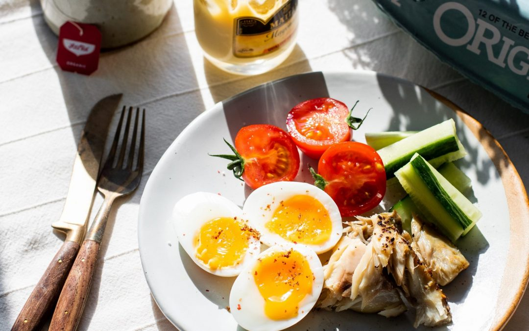Lunchtime Snack Salad w/Peppered Mackerel & Soft Boiled St Ewe Eggs